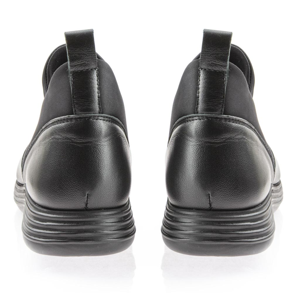 Γυναικείο δέρμα casual Boxer 52917-17-011 Μαύρο ανατομικό.